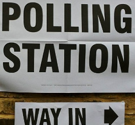 Derbyshire Dales residents are being asked for their views as part of the council's review of its polling districts, places and stations.
