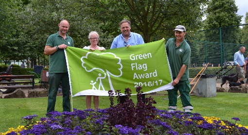 Hall Leys Park Green Flag 2016