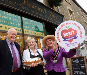 Cllr Carol Walker (right) with Cllr Dave Allen and shop owner Zoe McBurnie