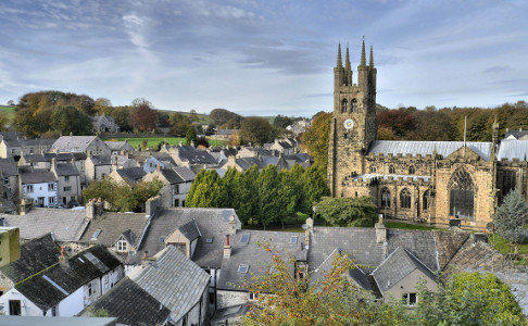 Local people with a connection to Tideswell are being urged to take part in an online survey to have their say on housing issues.
